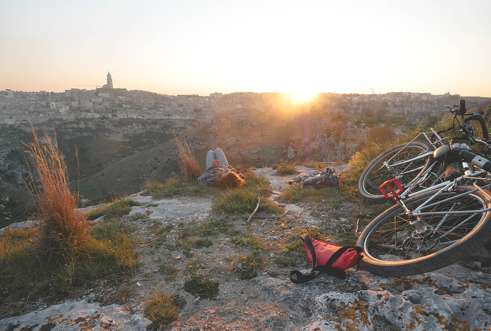 cycling-puglia-italia.jpg