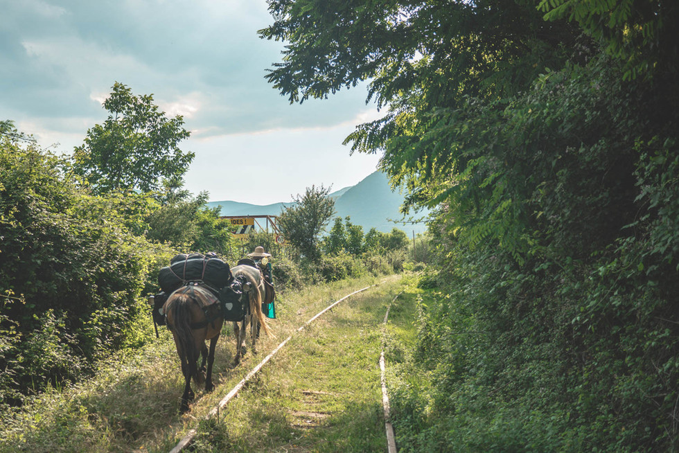 horse-trekking-albania