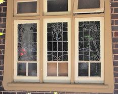 No 10 Balfour Street Three Panel Casemen