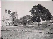 The Warren being demolished 1919.jpg