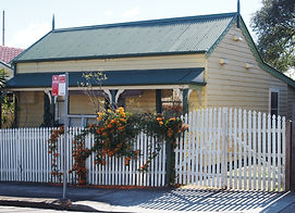 1 Palace Street Humble Weatherboard Cottage c.1892