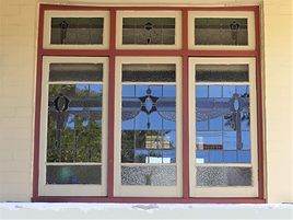 No 31 Brereton Avenue Three Panel Caseme