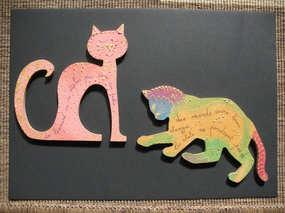 Animal (au choix) en bois peint recto-verso avec proverbe, tranche dorée. Peut se fixer sur un manche en bois vendu à part et s 'utiliser comme marionnette.