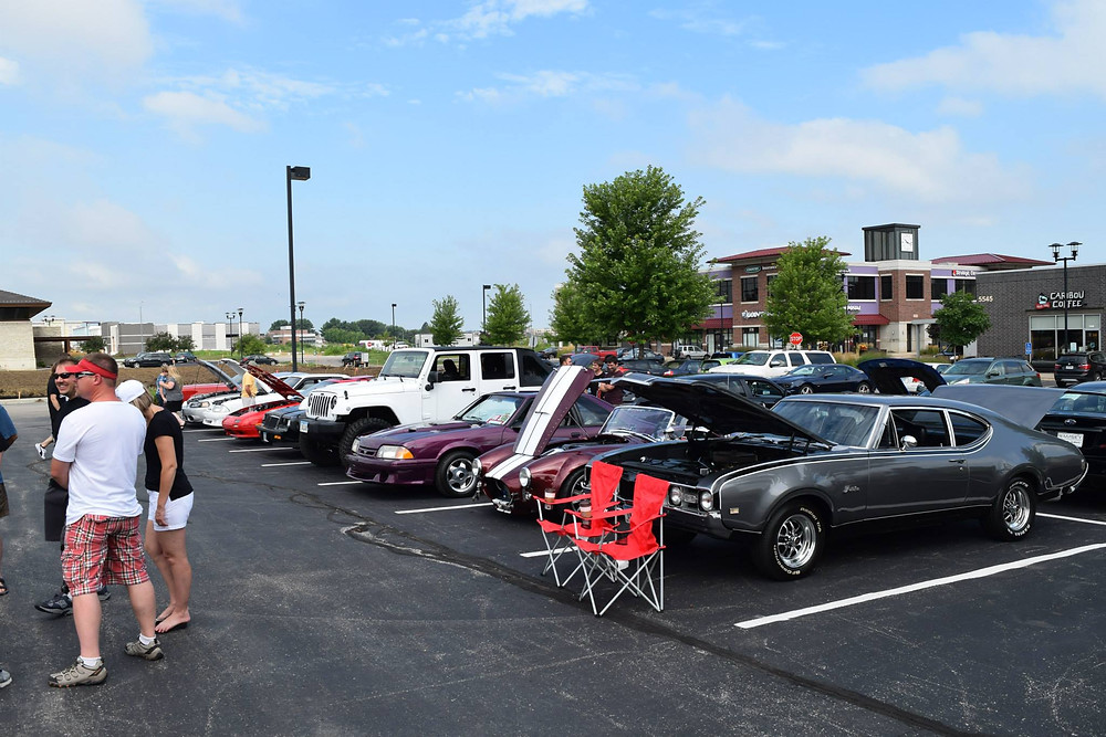 Cars and Coffee DSM - great car show in Des Moines