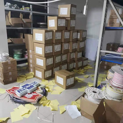 ANPU Production on Neon Sign-Packing (1)