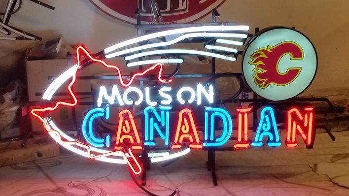 Custom Neon Signs in Canada.jpg