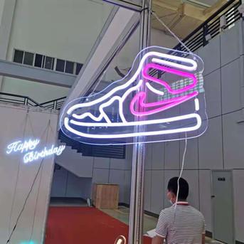 Custom Nign Sign Shoe (13).jpg
