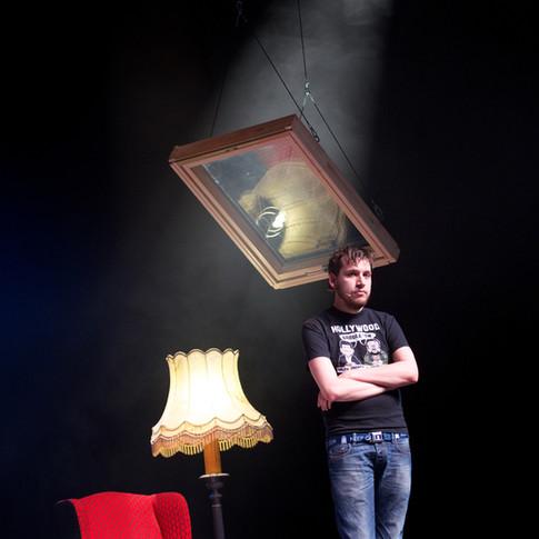 Xander De Rycke – Zijn Derde Show (2013-2014) theatertour: Management – Productie – Set design – Tourplanning