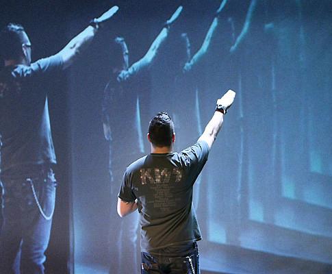 Alex Agnew - More Human Than Human (2009-2010) : productie en vormgeving