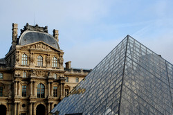 the louvre and the pyramid