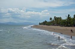 beach day in puntarenas