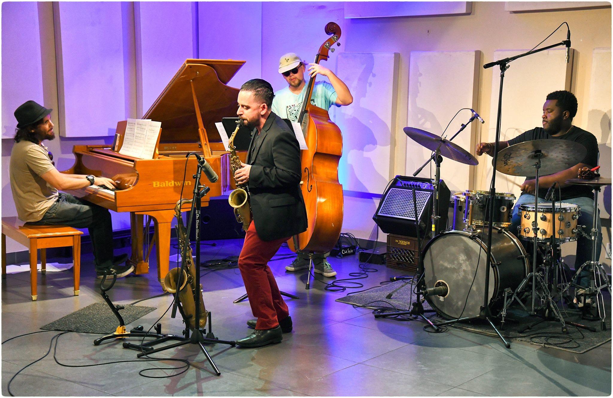 Manny Echazabal Quartet