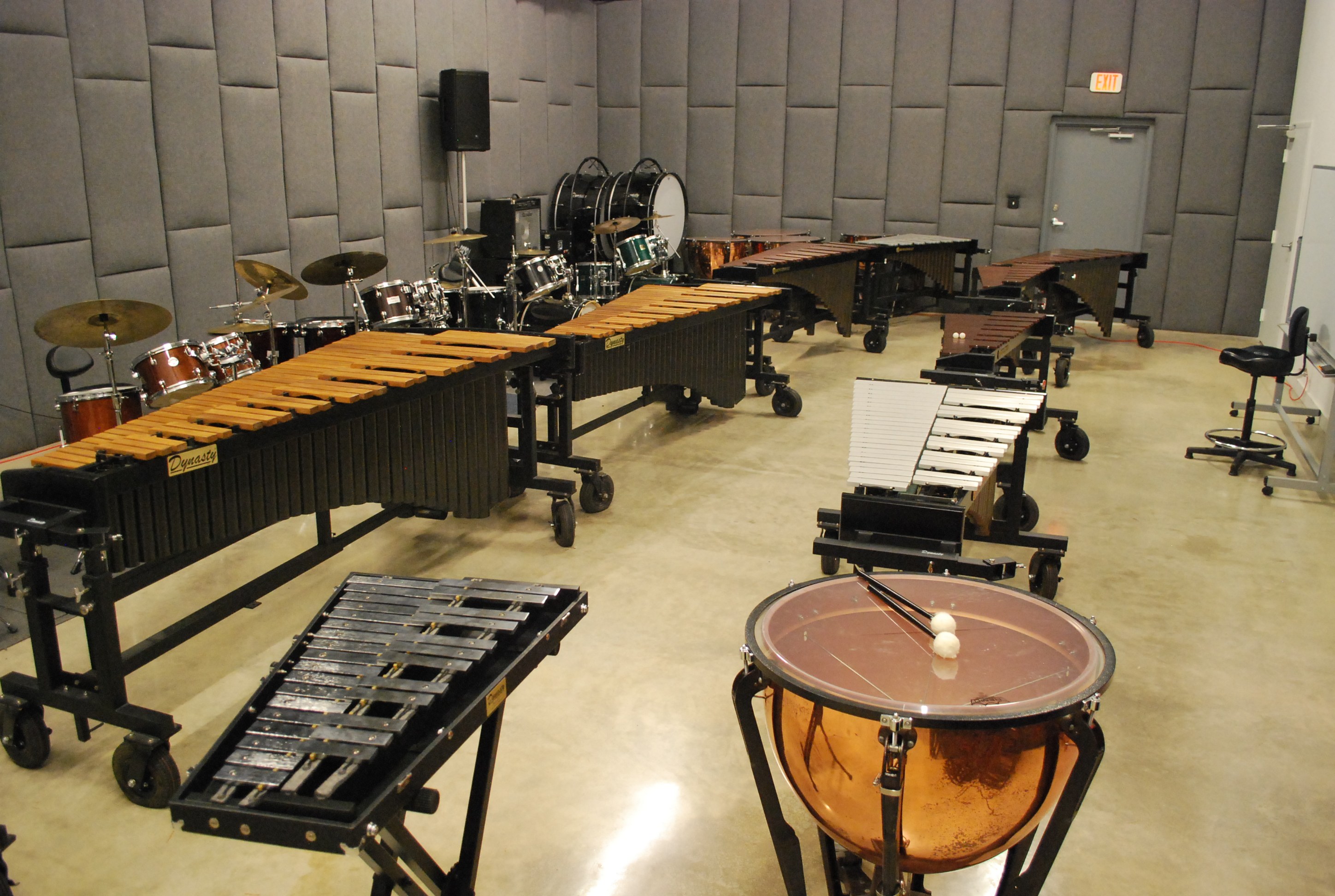 Large Ensemble Room