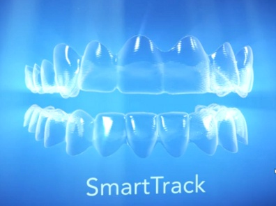 Material SmartTrack® do Invisalign