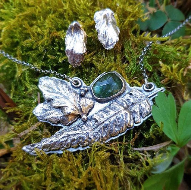 Rosecut green tourmaline and sterling si