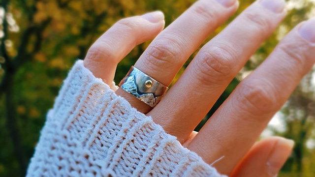 "Ring ""Mountain Sun"", mit Lieblingsberg, Silber 925 & Gold 585"