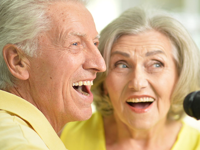 surprising-health-benefits-of-singing.pn