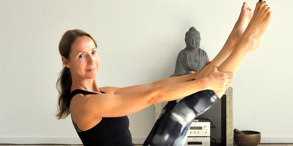 """Kursreihe """"Yoga + Pilates"""""""