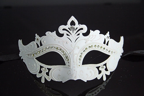 VENETIAN STYLE ADULT WHITE MASK WITH DIAMANTES