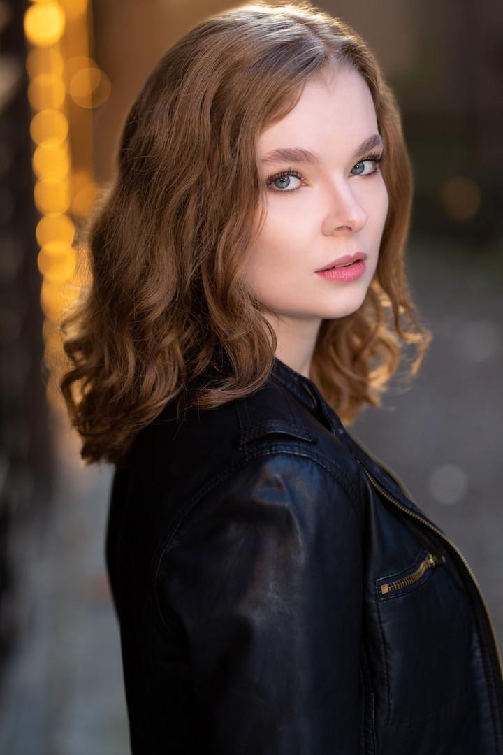 Kira Kirkland Headshot