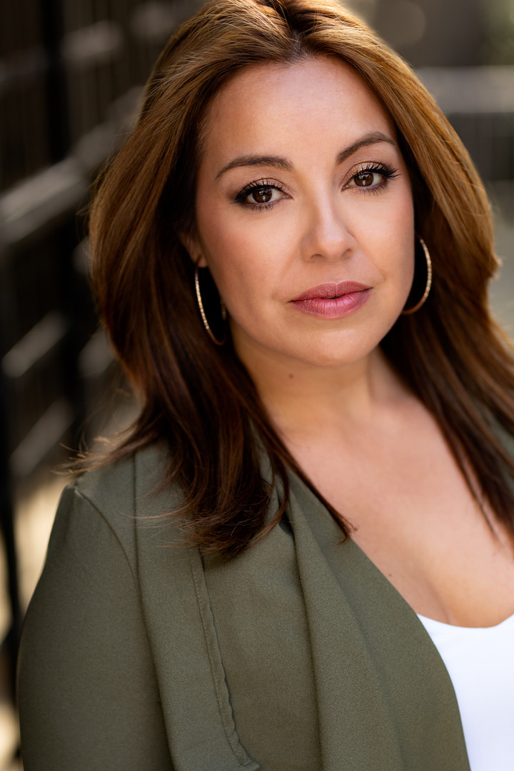 Alison Araya Headshot