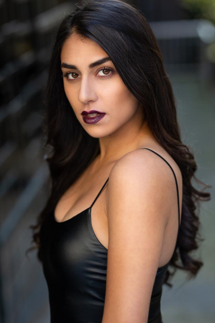 Sayna Sadres Headshot