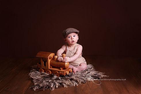 6-month-baby-boy-photoshoot-chorley-blue