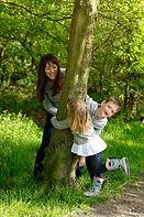 family-outdoor-photo-shoot-park-child-ph