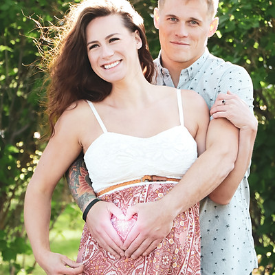 Jessica & Corey's Maternity Shoot