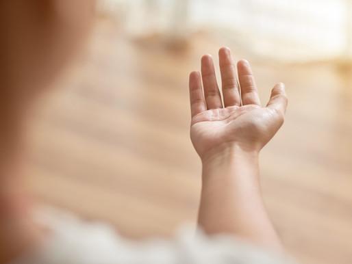 Prva pomoč za preprečevanje travme pri otroku: Korak za korakom