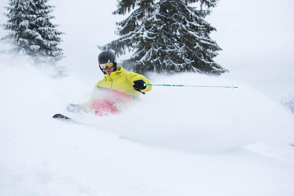 スキーで転倒