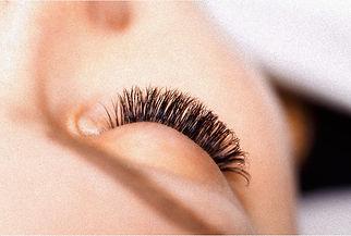 Classis Eyelash Extensions, Classis Eyelash Extensions In Puyallup WA, Healthy Eyelash Extensions In Puyallup WA