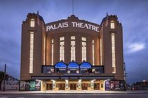 Palais-Theatre-at-night.jpg
