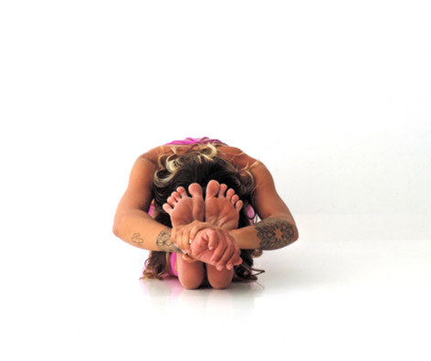 Paschimottanasana - Seated Forward Fold Pose
