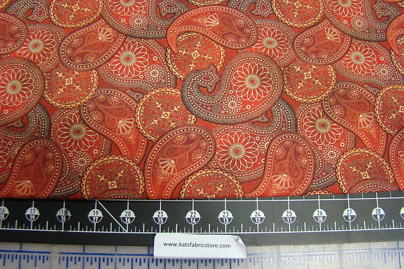 QT Lil Bit Country Paisley Red