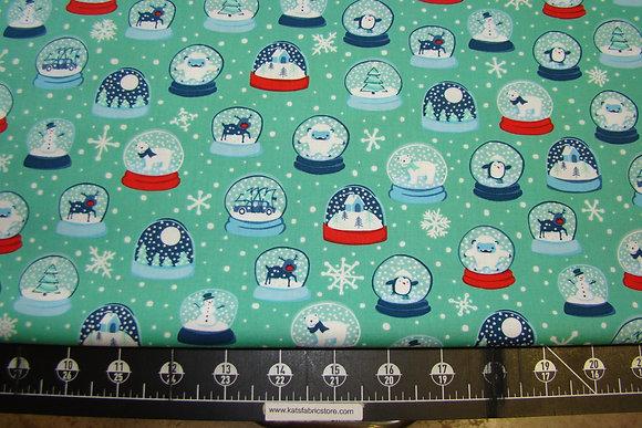 QT Twinkle Twinkle Snow Globes Spearmint