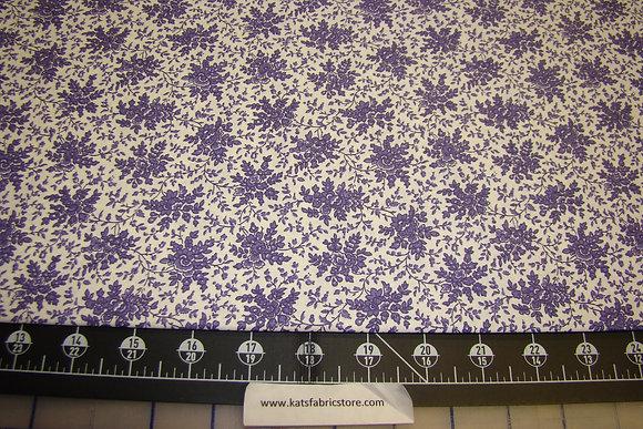 Quilter Calicos 326 Purple