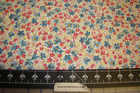 Quilter Calicos 300 Pink Blue
