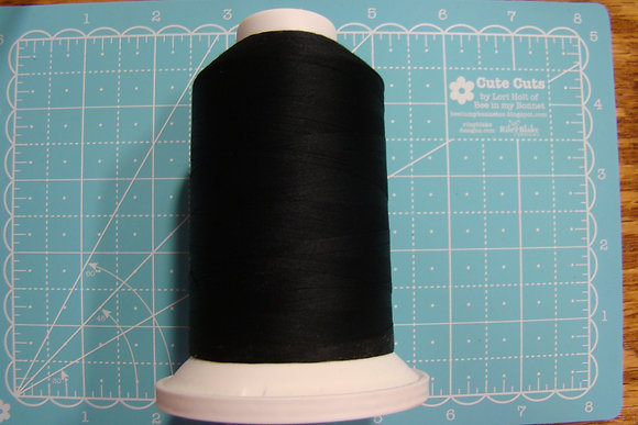 Cairo-Quilt Cotton Thread King Spool Black 11001