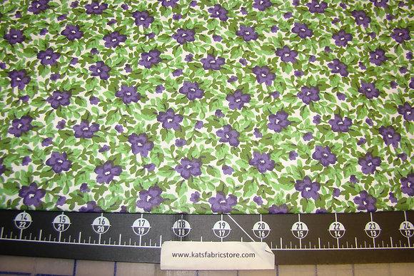 Quilter Calicos 354 Purple
