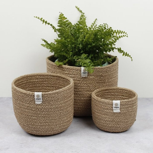 Jute Natural baskets set of 3 Respiin with plant in