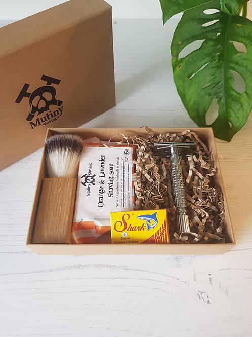 Mutiny Shaving large shaving box , vegan shaving brush, safety razor, replacement blades, vegan soap