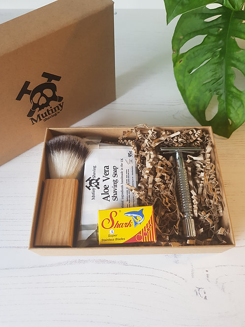 mutiny safety razor kit, aloe vera soap, replacement blades, vegan shaving brush in box