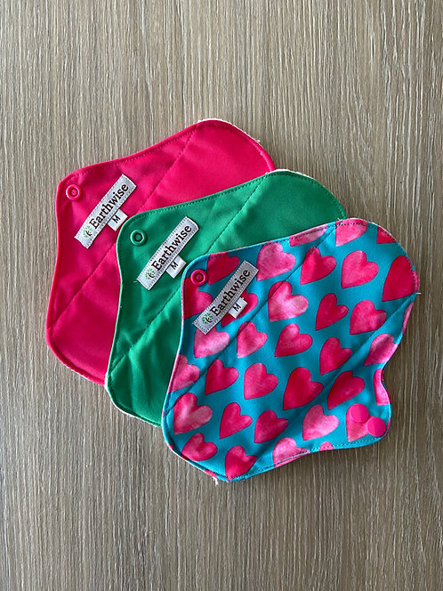 Earthwise Girls Reusable Sanitary Pads Love Hearts - Pk of 3 Medium