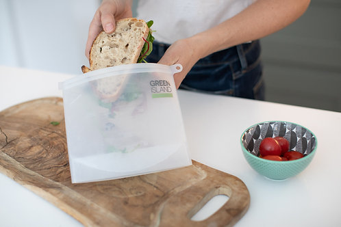 Green Island Silicone Ziplock Pouch 1000ml putting  a sandwich inside pouch