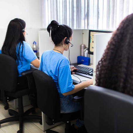 Vendas por telefone: o serviço call center se aperfeiçoa e permanece em franco crescimento
