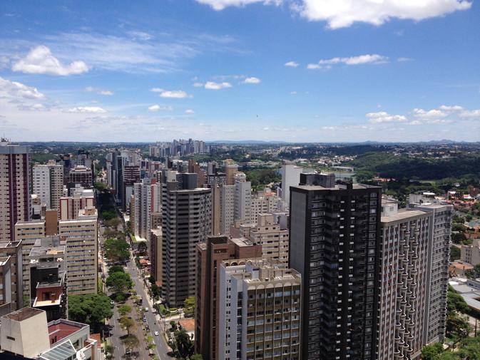 Curitiba está entre as três melhores cidades do Brasil para investimentos imobiliários