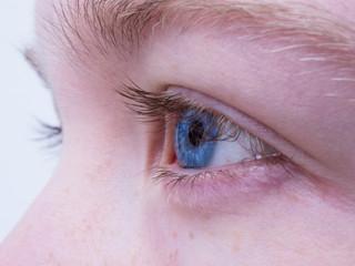 Astigmatismo pode ser tratado com cirurgia a laser