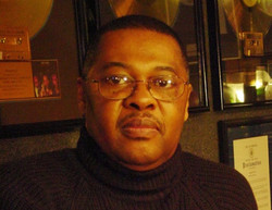 Raymond Earl