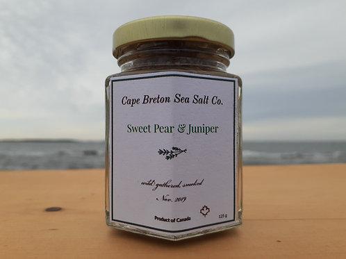 Sweet Pear & Wild Juniper Smoked Sea Salt